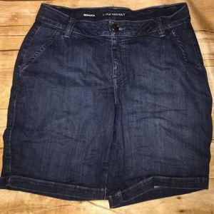 Lane Bryant Denim Bermuda shorts size 16